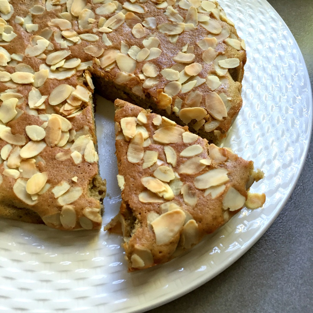 almond cake 1