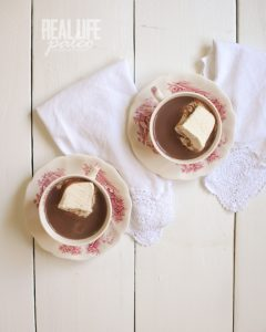 peppermint-hot-chocolate-from-real-life-paleo-by-paleoparents-on-against-all-grain